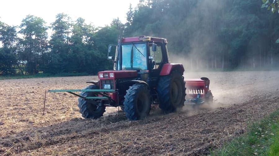 Feldbestellung Traktor